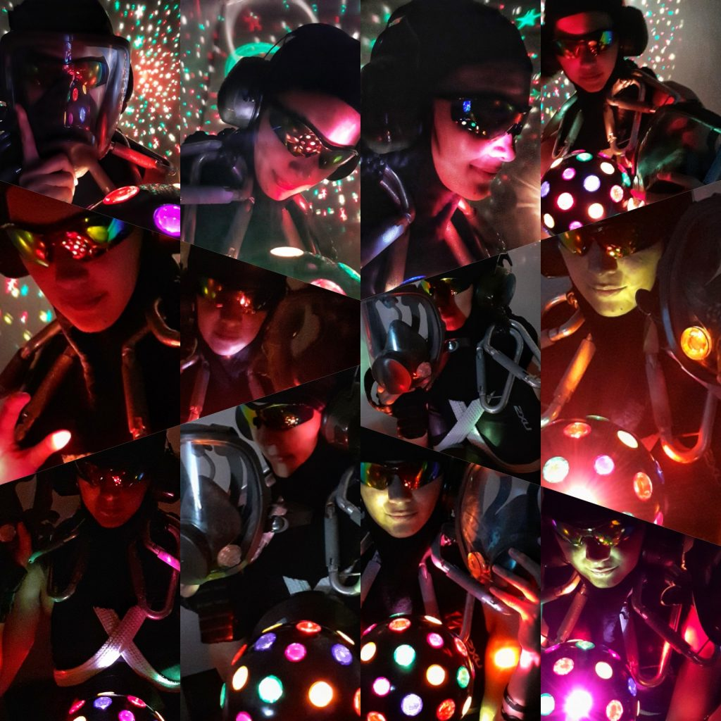 User Experience Researchers - Year-End Party 2020 - Retro Futuristic - Diana Alarcon